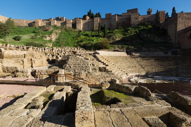 El Teatro Romano y el Castillo de Gibralfaro